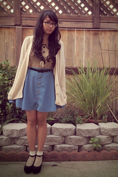 blue circle skirt American Rag Cie skirt - beige Rock Steady blouse
