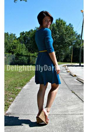 Target dress - Target belt - Target wedges