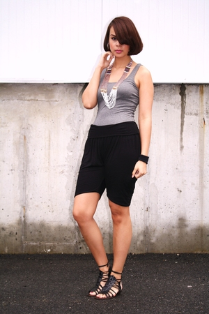 Express top - lux uo pants - Dolce Vita shoes - Urban Outfitters necklace