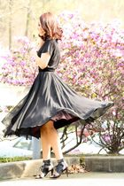 black vintage skirt - por la victoire shoes