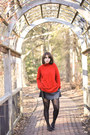 Red-turtleneck-zara-sweater-black-leather-vintage-skirt