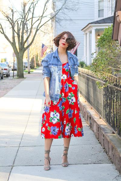 red floral print vintage dress - blue denim Zara jacket