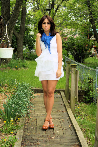 Urban Outfitters scarf - Zara dress - Michael Kors shoes