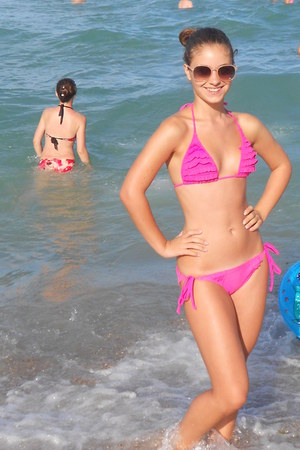 neutral sunglasses - hot pink swimwear