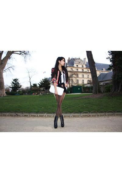 white longchamp accessories - D&G blazer - gold Wolford tights