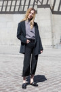 Bell-bottom-paige-jeans-oversized-dries-van-noten-blazer-h-m-shirt