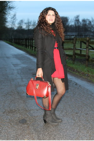 red Zara dress - black bronx boots - black Comptoir des Cotonniers coat