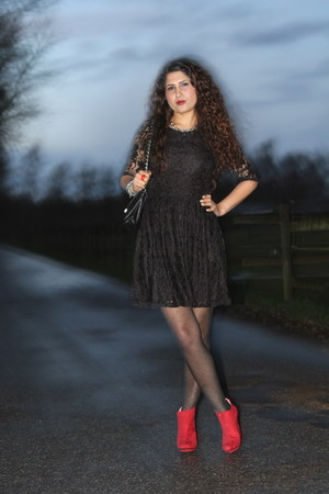 black lace Primark dress - red Zara shoes