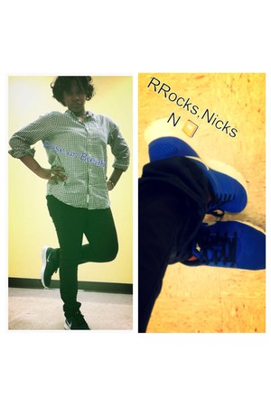 blue black Rock N Republics jeans - H &M shirt - Nicks sneakers