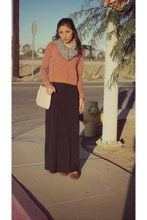 black gift scarf - black Forever21 dress - ivory hm bag - tawny Forever 21 flats