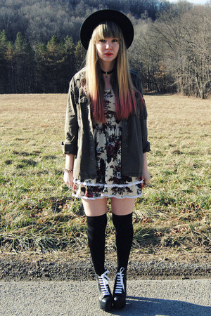 cream gifted Club Couture dress - black Jeffrey Campbell boots
