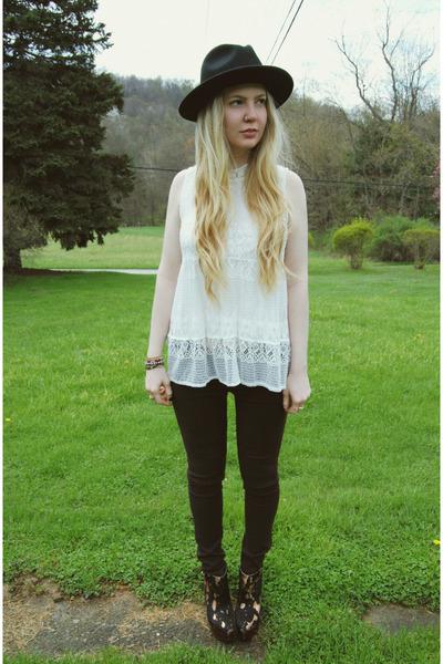 black gypsy warrior hat - crimson Kill City jeans - white 6ks shirt