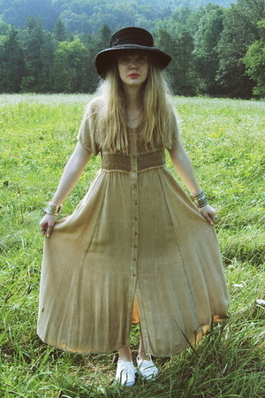 black vintage hat - white Keds shoes - camel gifted Rock Paper Vintage dress