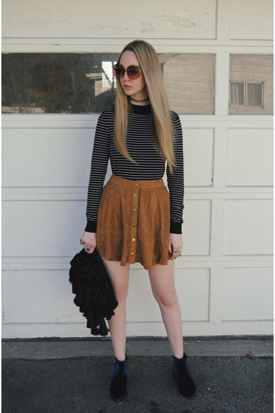 Navy-asos-boots-black-new-look-sweater-tawny-asos-skirt