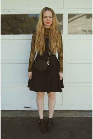 black Boohoo dress - mustard Boohoo shirt - black Nasty Gal bag