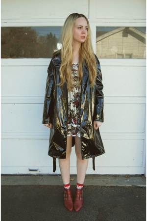 black Motel Rocks coat - brick red Jeffrey Campbell boots - cream vintage dress