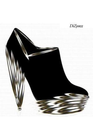 black DiZynzz boots