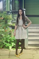 beige Zara linen dress - yellow vintage shoes - green army blazer - brown the ba