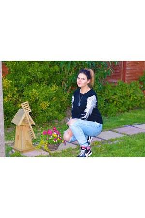 black Sheinside sweater - sky blue Zara jeans - nike sneakers