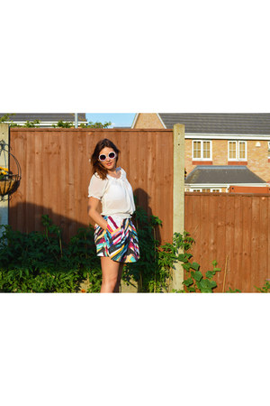 gold Sheinside bag - white Primark sunglasses - Choies skirt