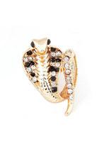 Diamond-petal-ring