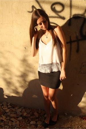 white H&M top - dark gray H&M skirt - black H&M flats