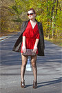 Poison-concept-boots-united-colors-of-benetton-blazer-penti-stockings