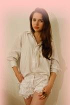 peach cotton Secondhand shirt - peach lace DIY shorts