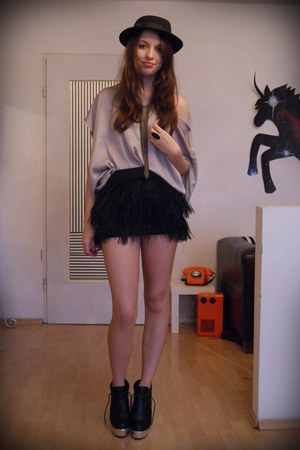 H&M shirt - feather Zara skirt