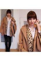 camel wool Romwecom cape - dark khaki leopard vintage cardigan
