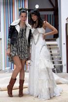 vintage boots - H&M dress - H&M jacket - vintage Hermes scarf - Accesorize neckl