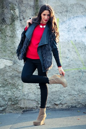 leather Uterque jacket - suede Jeffrey Campbell boots - fur H&M vest