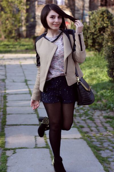 Zara Trf jacket - pull&bear bag - Stradivarius shorts - pull&bear blouse