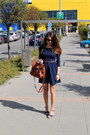 Navy-stradivarius-dress-brown-zara-bag-blue-secondhand-heels