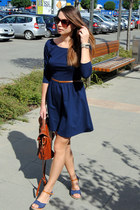 navy Stradivarius dress - brown Zara bag - blue Secondhand heels