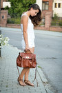 White-secondhand-shorts-brown-zara-bag-dark-brown-tally-weijl-sandals
