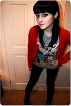 gray new look t-shirt - black Dorothy Perkins jeans - red cardigan George