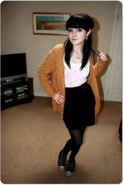 H&M vest - H&M skirt -