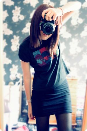 t-shirt - H&M skirt