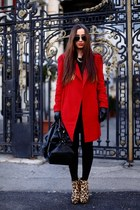 Alexandra Calafeteanu coat - Zara boots