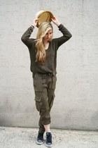 similar style Bershka sweater - similar style Uniqlo hat