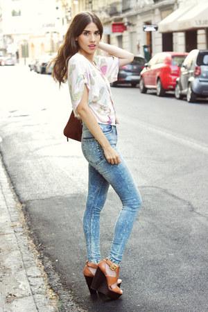 top - shoes - jeans