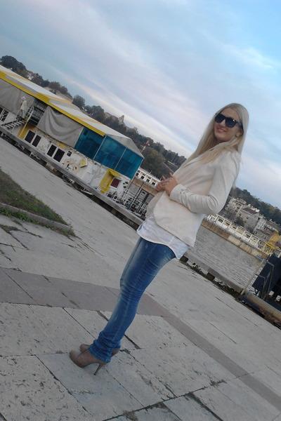 Deichmann boots - no brand jeans - Stradivarius blazer - Tally Weijl shirt