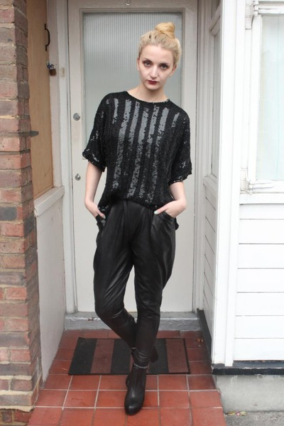 black leather Kurt Geiger boots - black DollsMaison pants
