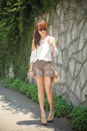 ivory get laud top - eggshell LAMB shoes - light brown Fendi bag