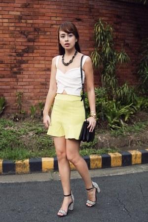 light yellow Vetus Shop skirt - black Celine bag - white pull&bear top