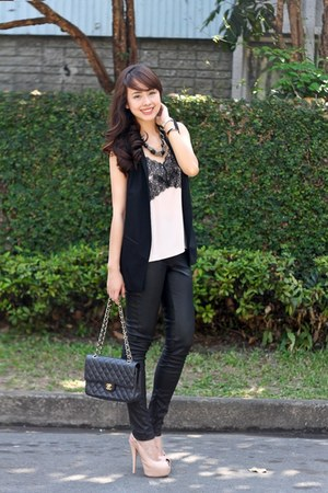 black Topshop leggings - light pink Giuseppe Zanotti shoes - black Chanel bag