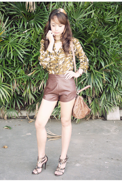 green Posh Wardrobe top - brown South Sartorial shorts - olive green LYN heels