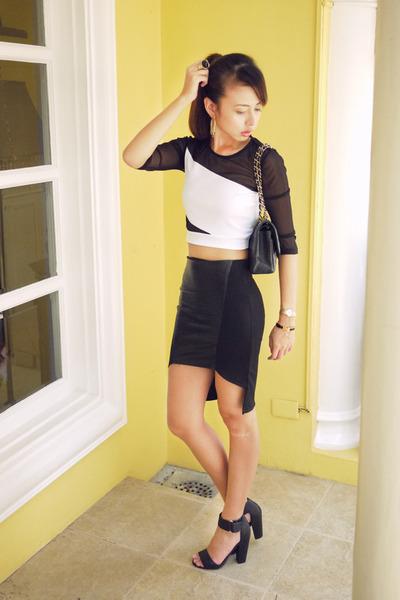black Chanel bag - white Topshop top - black H&M heels