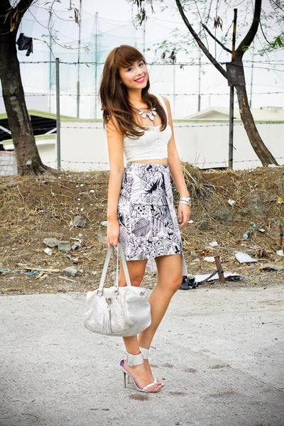 light pink Zara skirt - silver Louis Vuitton bag
